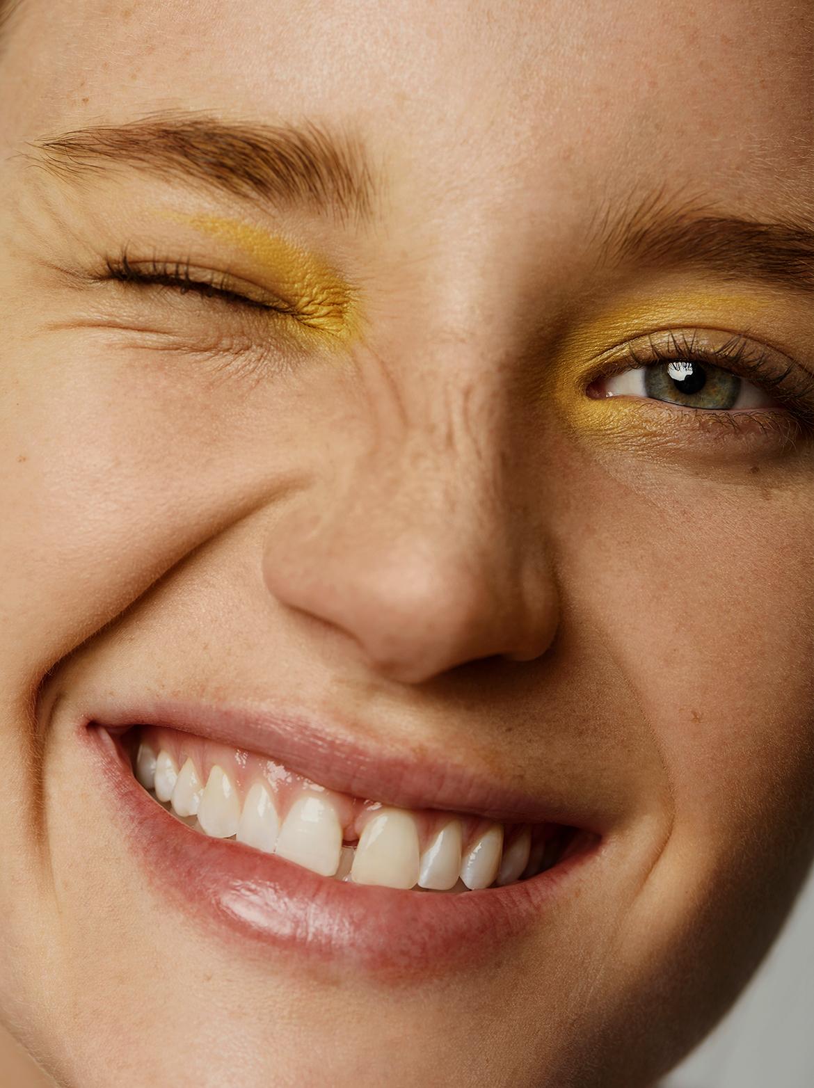 EvaHaftmann-Yellow4.jpg