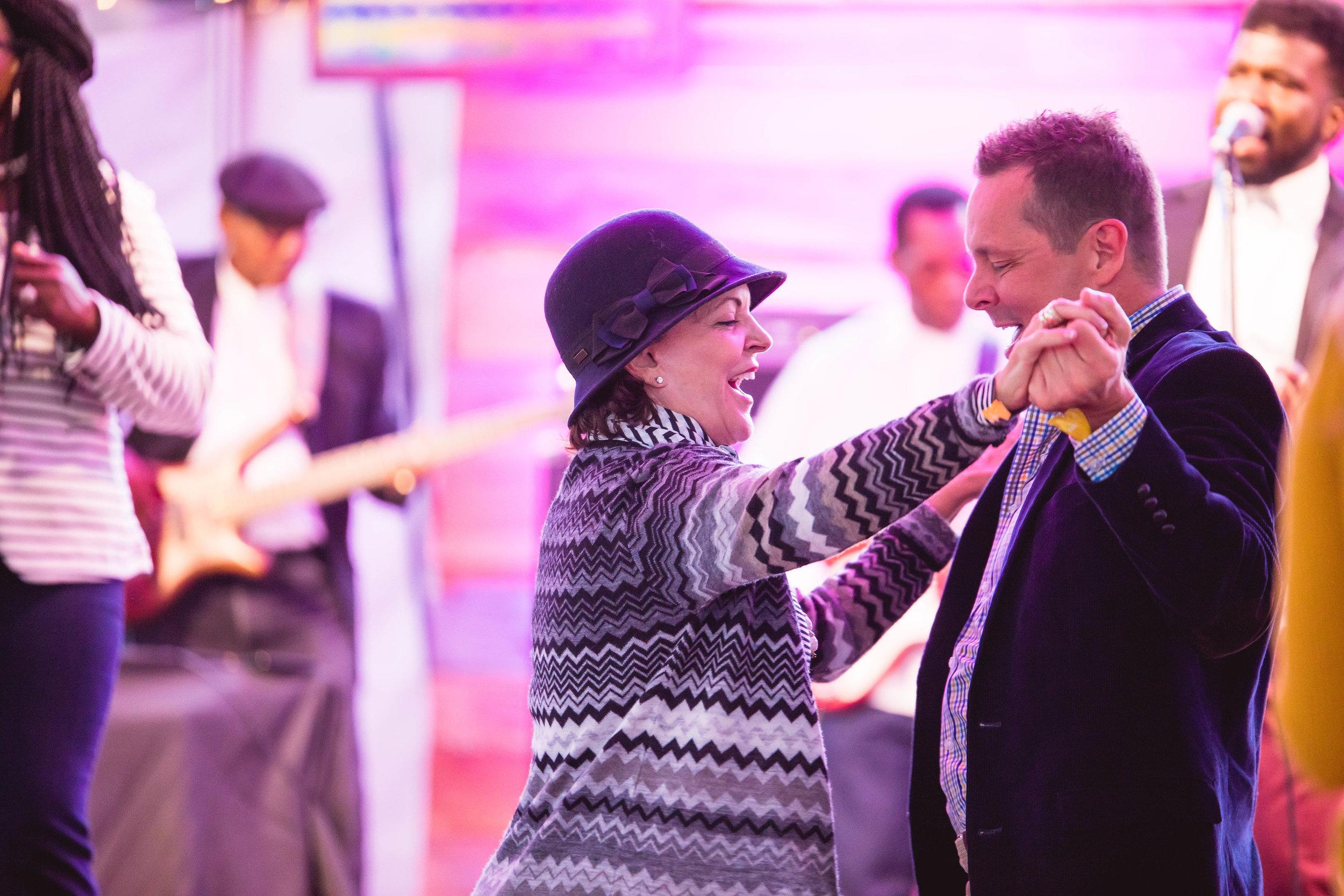 gospel-brunch-dancing.jpg