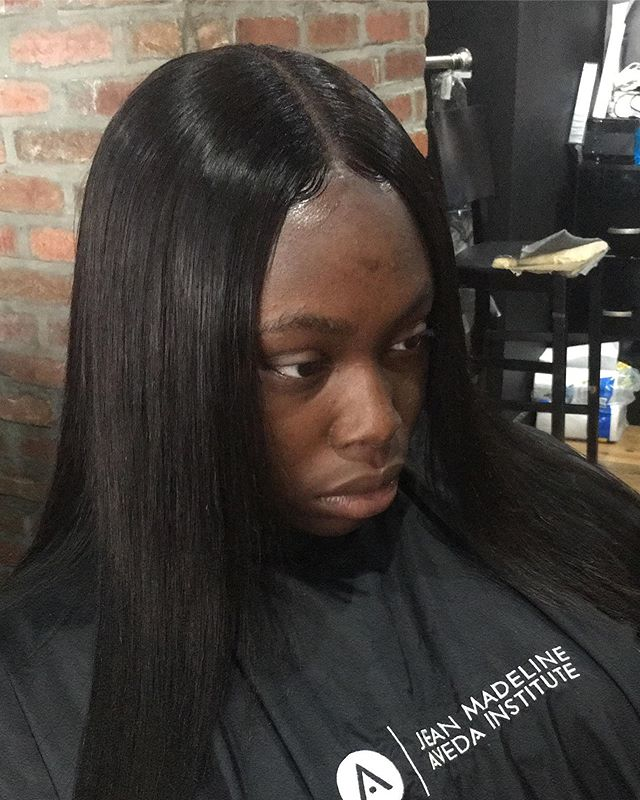 Lace Closure install by Qua😍😍 #suiteextensions#suitelife#phillyhair#phillysalon#phillyhairstylist#njhairstylist#hairdresser#hairextensions#hairinspo#hairgoals#protectivestyling#hairgrowth#naturalhairstylist#protectivestyles#protectivestyle#naturallyshesdope#phillynatural#phillynaturalhairstylist #phillytwists #phillybraids #phillysupportphilly #phillylaceclosure#phillybundles#phillymicrolinks#phillyweaves #phillyextensions #phillylocs #phillyfauxlocs #phillyhairsalon