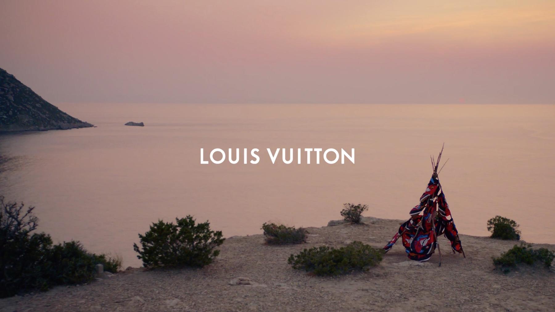 Louis-Vuitton_SantaIbiza_Alicia_Vikander_11.jpg