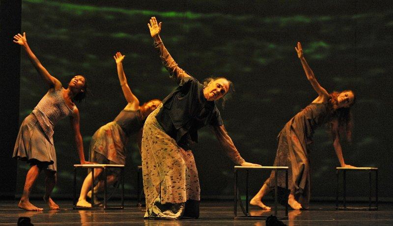liz-lerman-dance-exchange-in-the-matter-of-origins-by-jaclyn-borowski.jpg