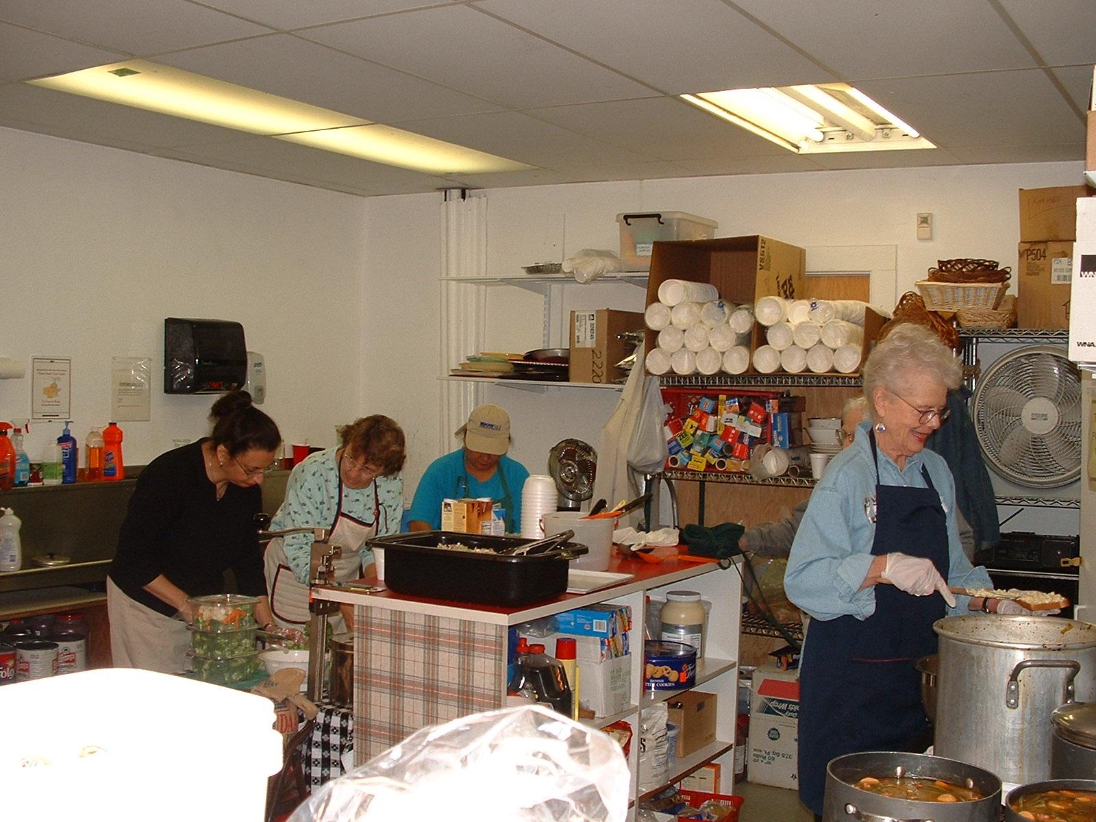 2004 Kitchen 1.jpg