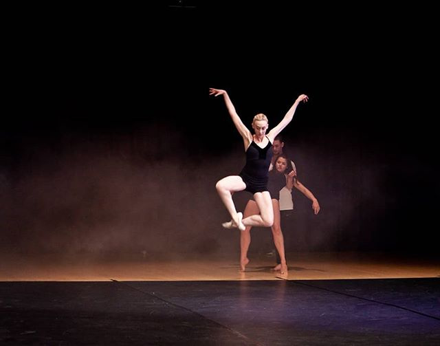 Jumping into monday. @tasham5 in rehearsal for #amore. photo credit: @circeadena #latergram #danceinredding #danceinthemoonlight #instadance #dancers #ballet