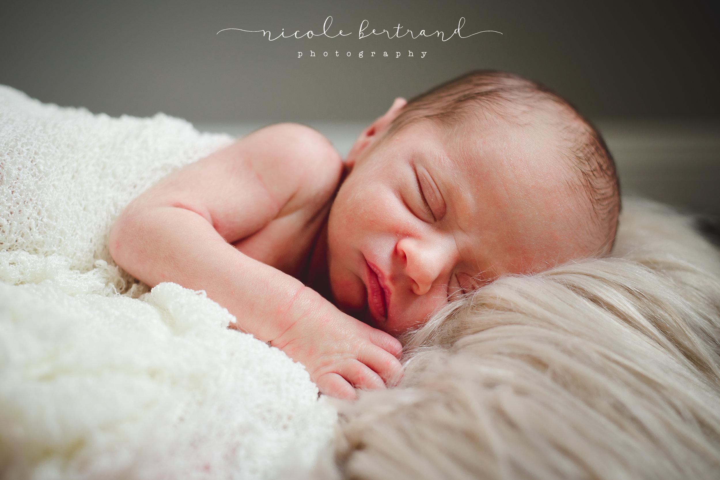 LeBlanc Newborn WEB-9.jpg
