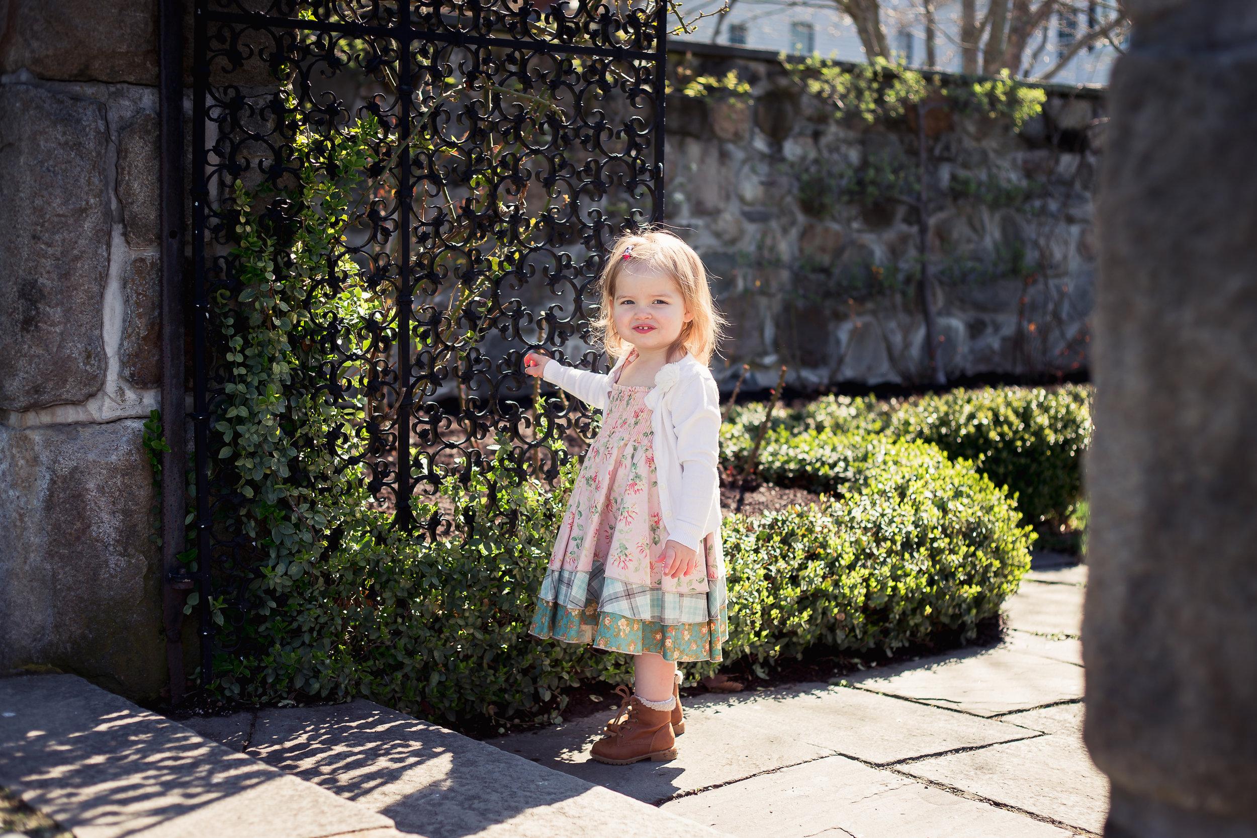 child-dress-charlotte-photographer