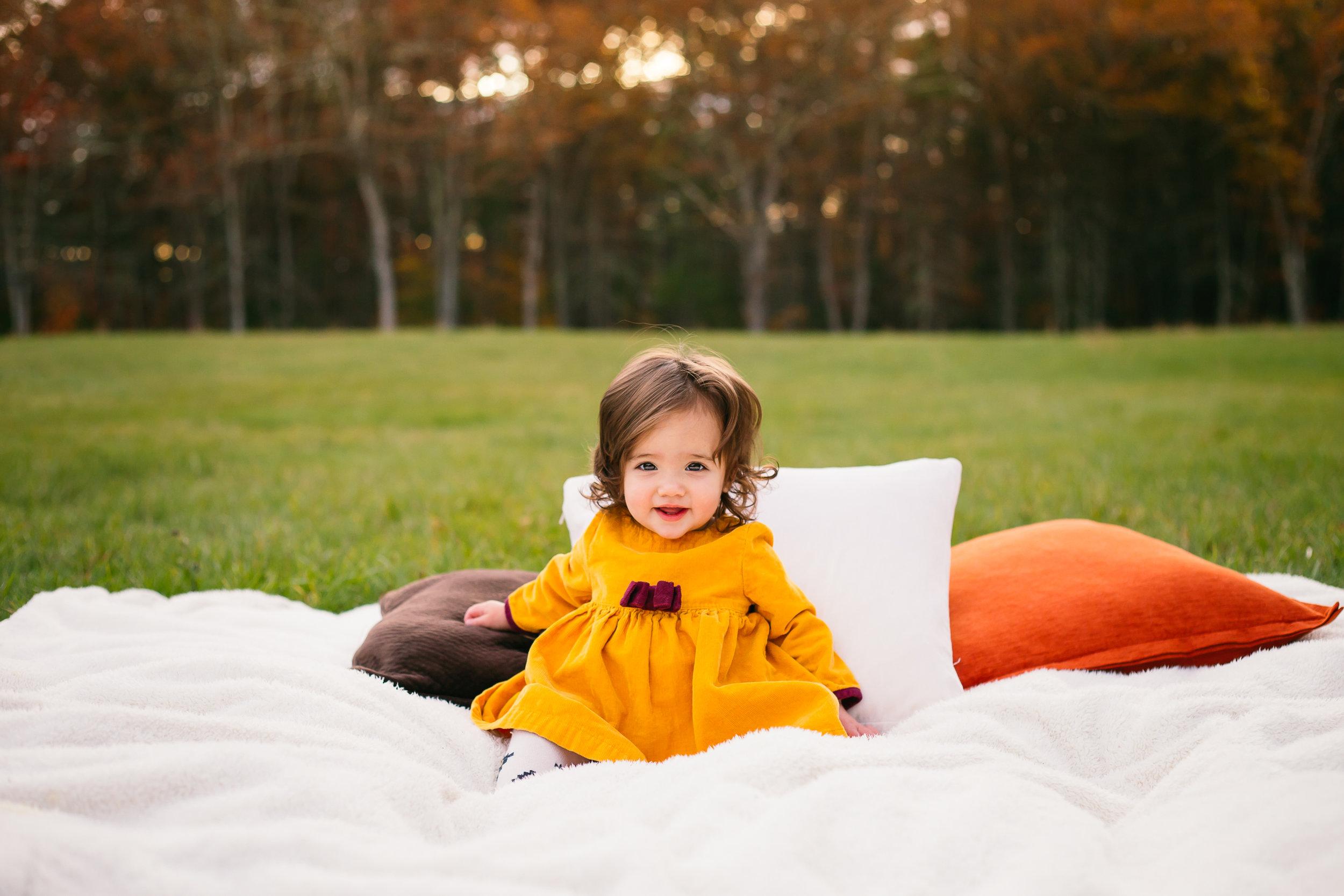fall-girl-charlotte-child-photographer