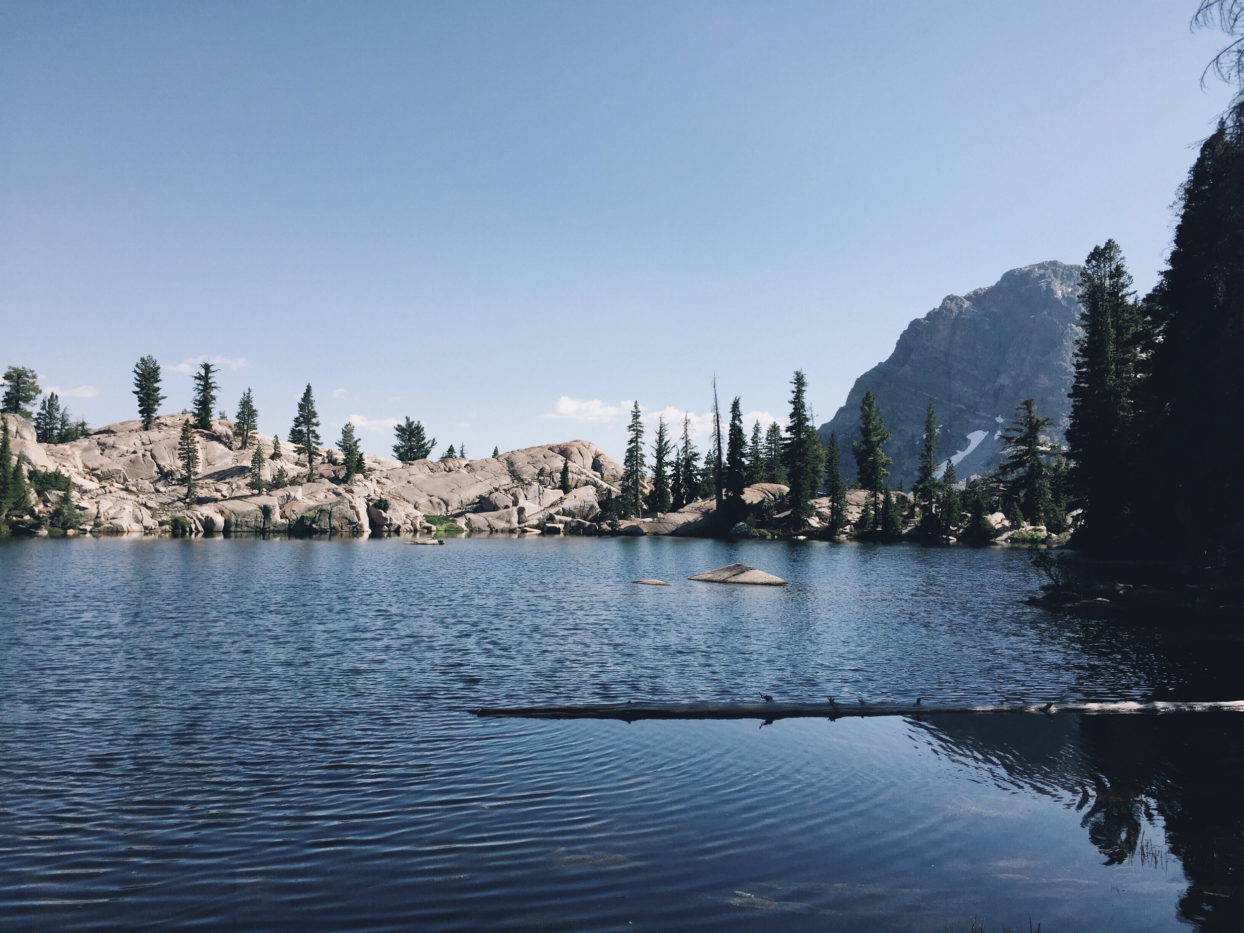 There's always a hidden alpiune lake after some climb.