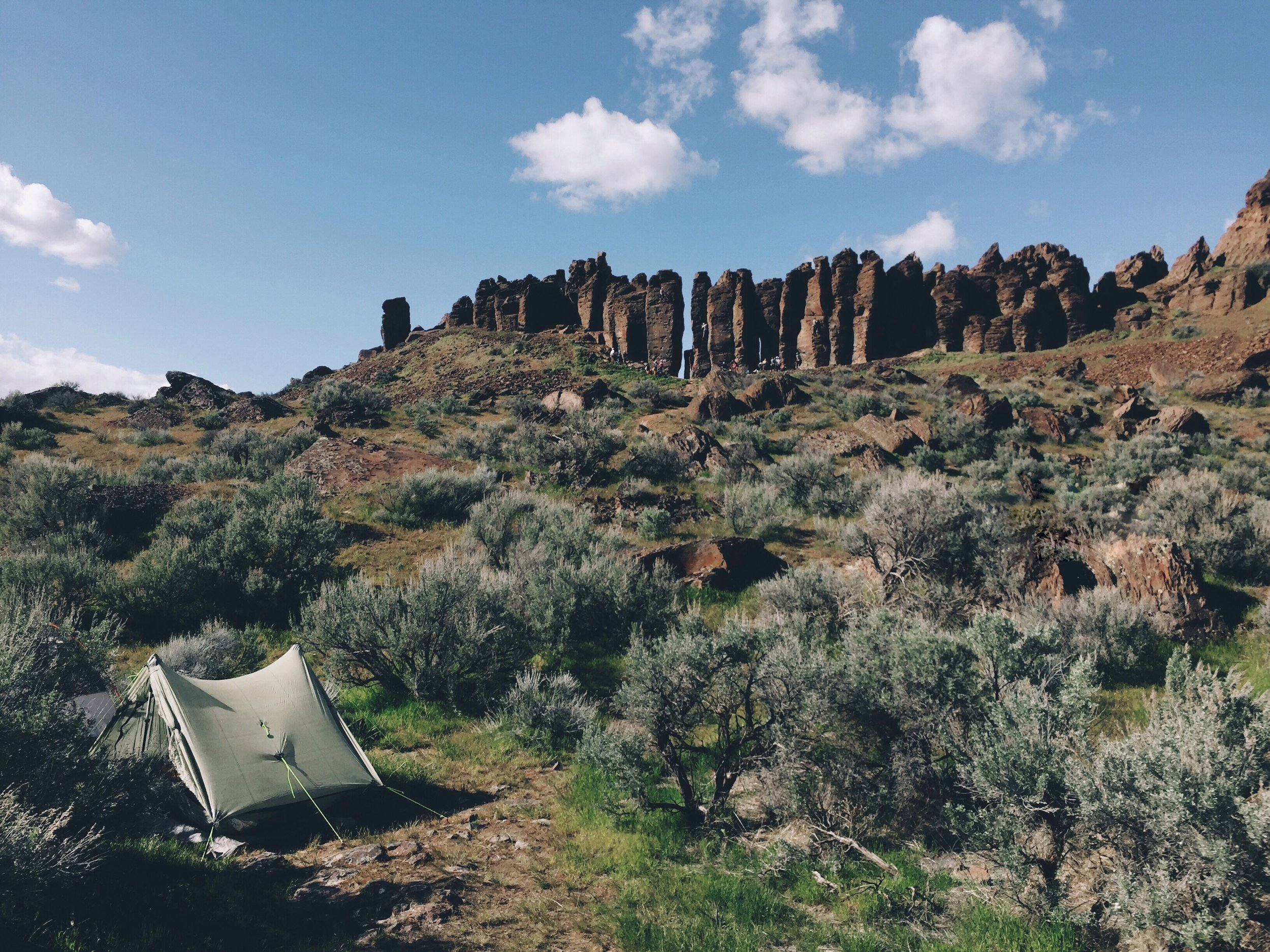 Camping at Vantage beneath the Feathers.