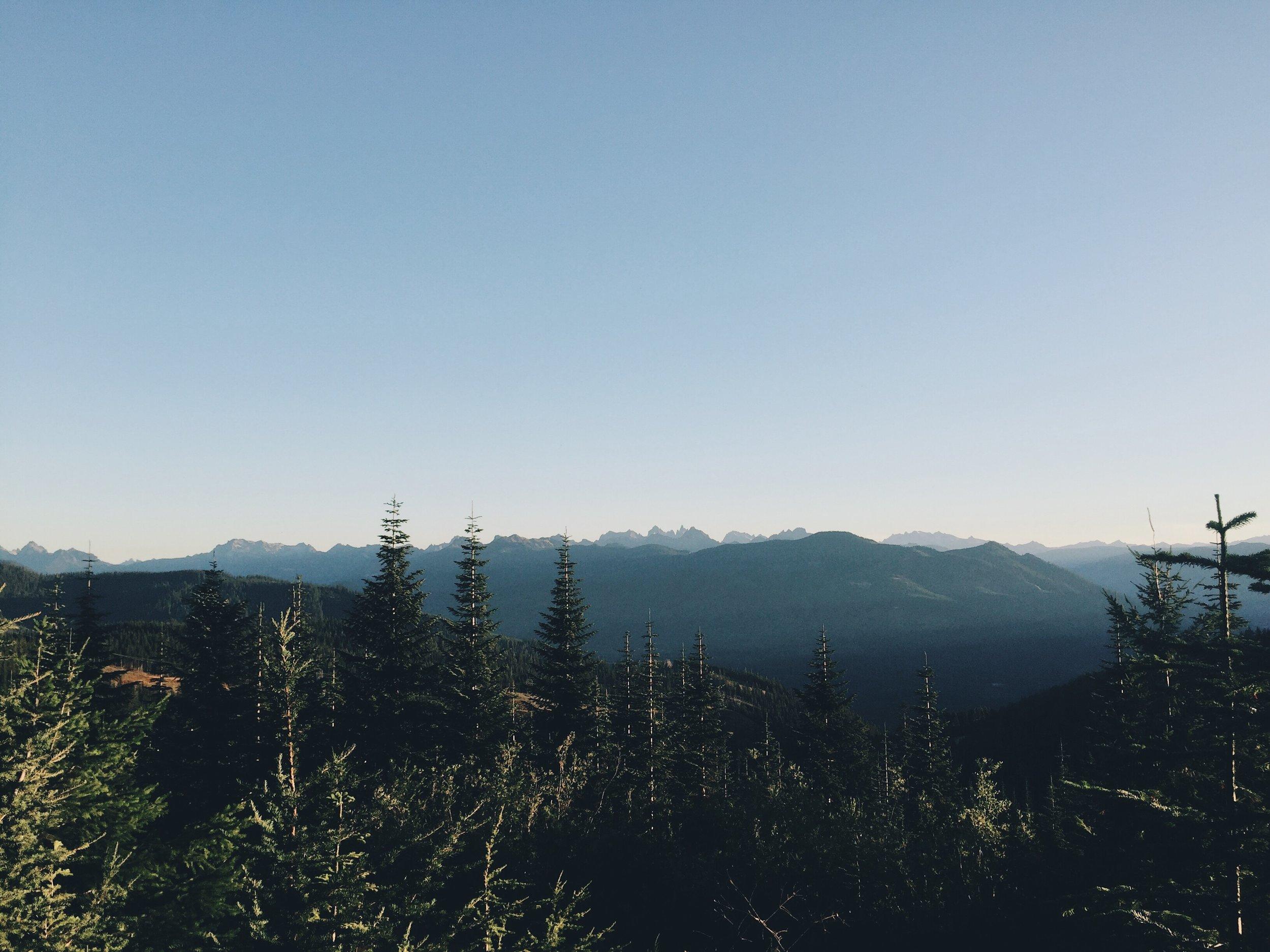 i90 peaks in the morn