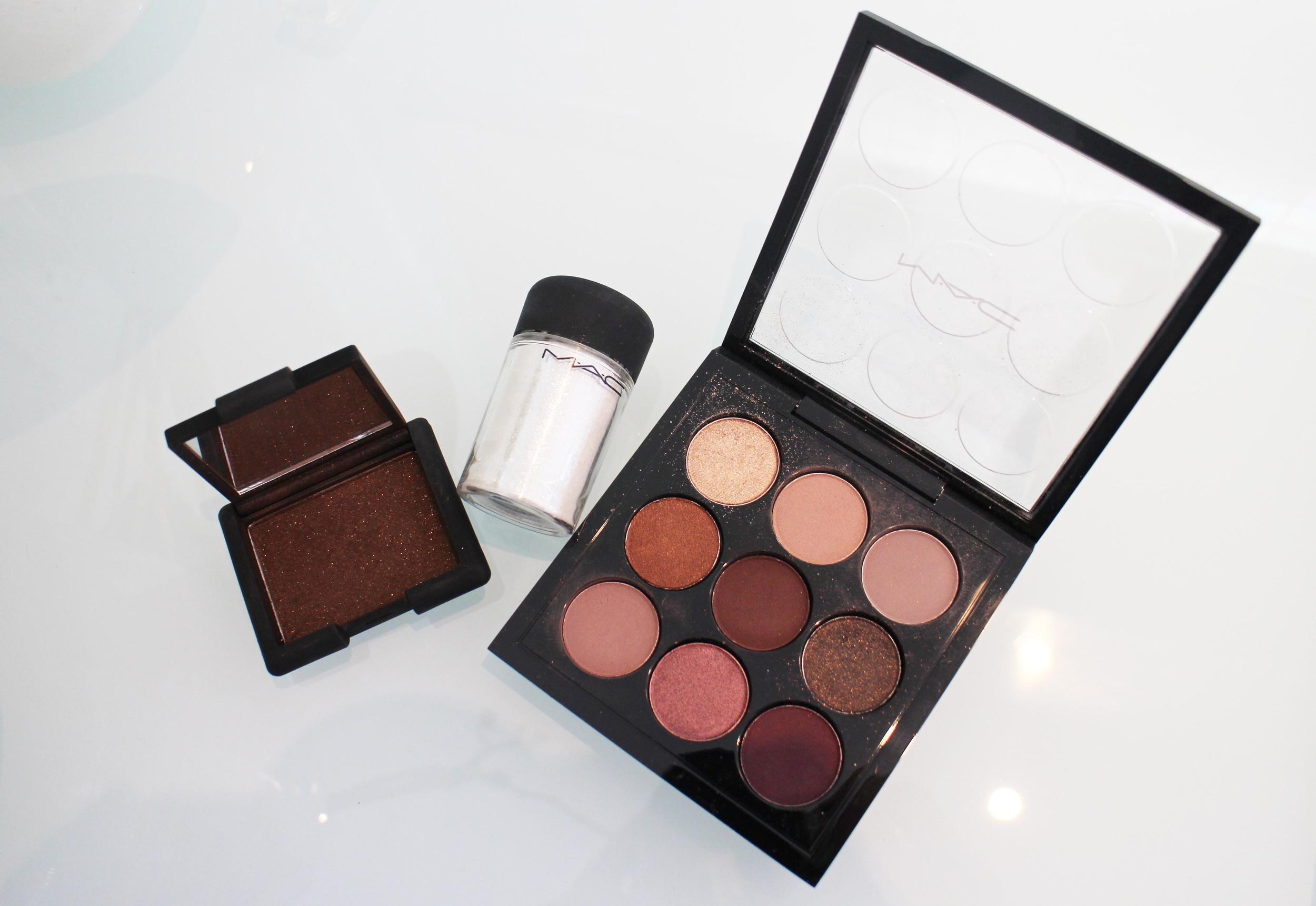 Nars (Galapagos)  -  Mac Reflects Pigment (Pearl)  -  Mac Palette