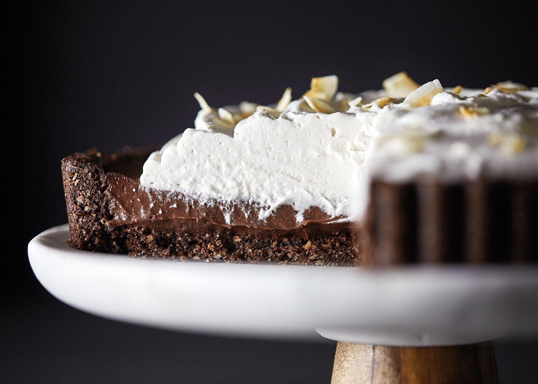Vegan Chocolate Coconut Cream Pie // Natural Girl Modern World // Vegan & Gluten Free
