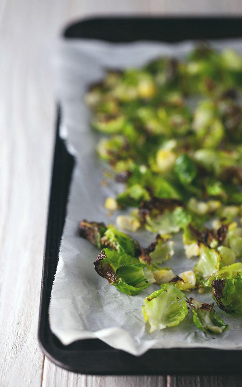 Roasted Cauliflower & Brussels Sprout Salad // Natural Girl Modern World // Vegan & Gluten Free