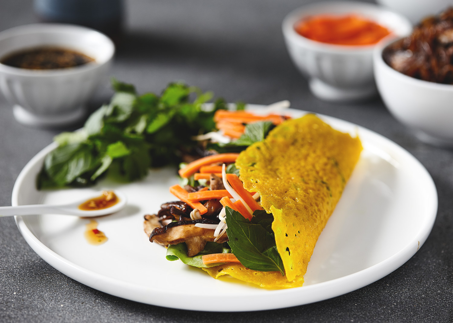 Crispy Vietnamese Crepes (Bahn Xeo) // Natural Girl Modern World // Vegan & Gluten Free