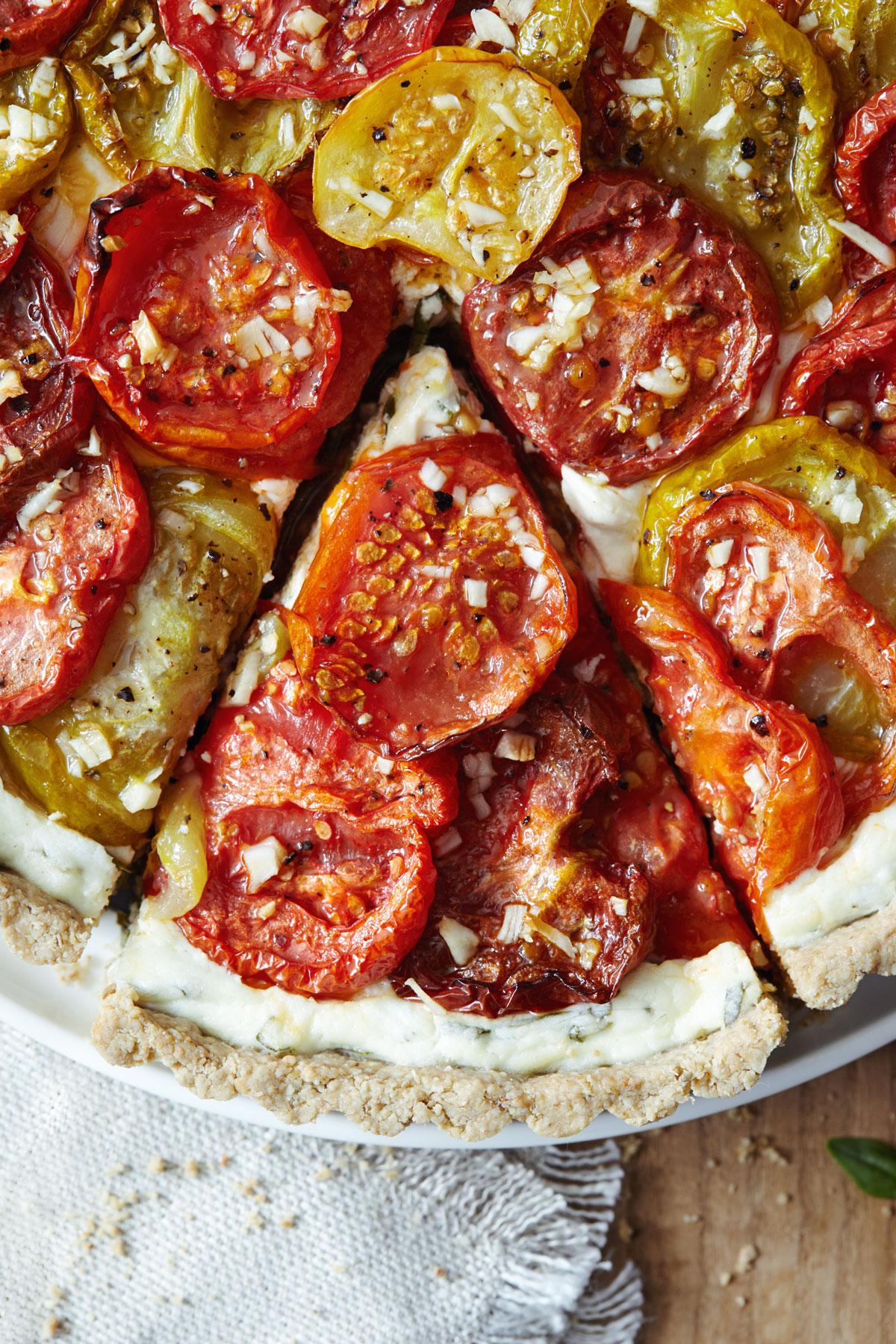Heirloom Tomato Tart with Gluten Free Crust // Natural Girl Modern World// Vegetarian & Gluten Free