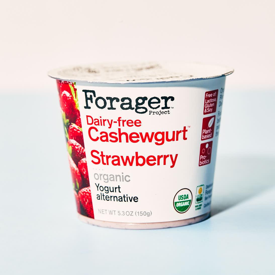 Forager Cashewgurt - Strawberry.jpg