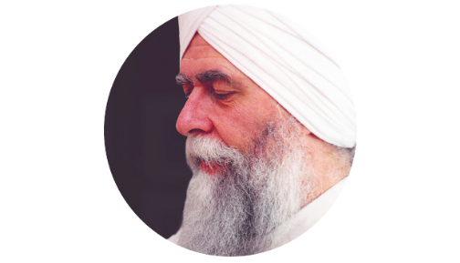 Hari Singh Khalsa  Hari Singh is a beloved Teacher and serves as Yoga West's Head Teacher and Managing Director. He is one of Yogi Bhajan's original pioneering students, and carries the Teachings with great devotion and love. Hari Singh is a Level One and Level Two Trainer, and a Level Three Teacher in the Aquarian Academy. He is a Gong Master, and will entrance you with his multi-gong playing during this course.