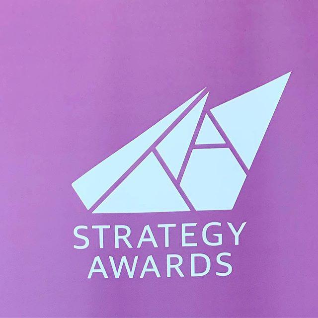 Idag arbetade juryn i grupper på Handels Högskolan med alla bidrag till Strategy Awards. Vi håller i prisceremonin  den 16:e maj då strategiska välval gett företag framgång. Det är föreläsningar, trendspaning & genomgång av två case.