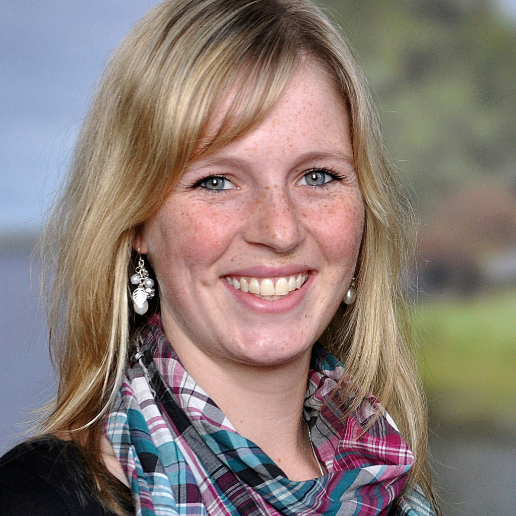 Lisa Jarchow  Assistentin des Vorstands und Projektmanagerin  ljarchow@nfte.de