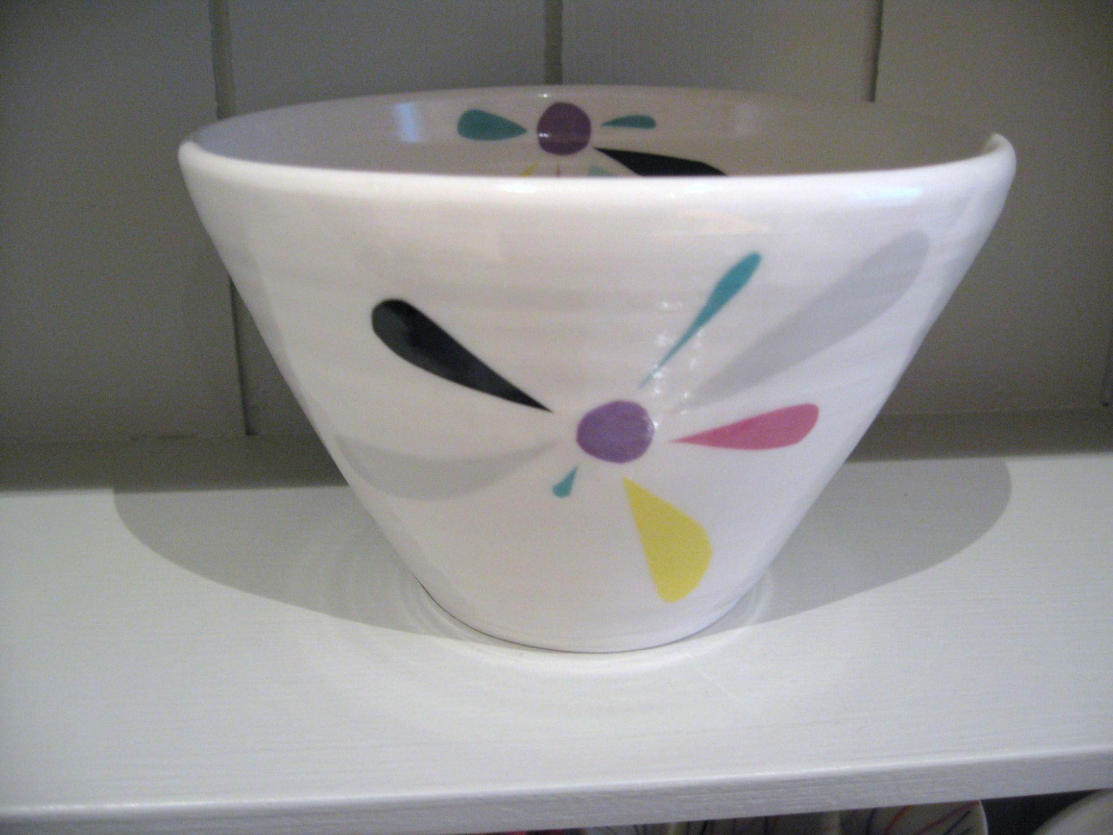 bowl-med-nov-2010-3.jpg
