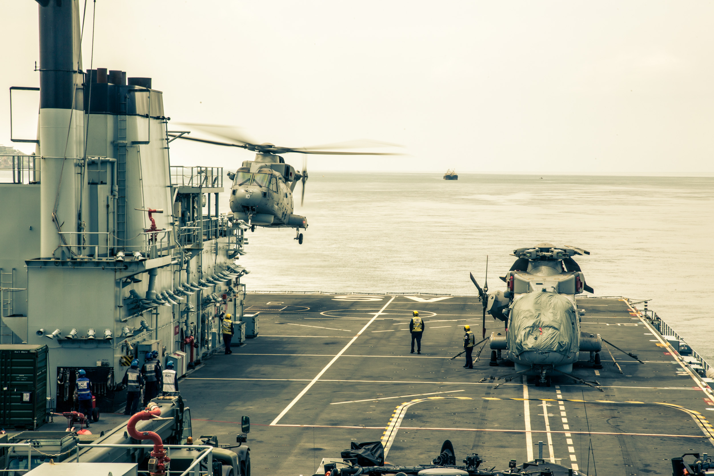 Helicopter lands in RFA Argus