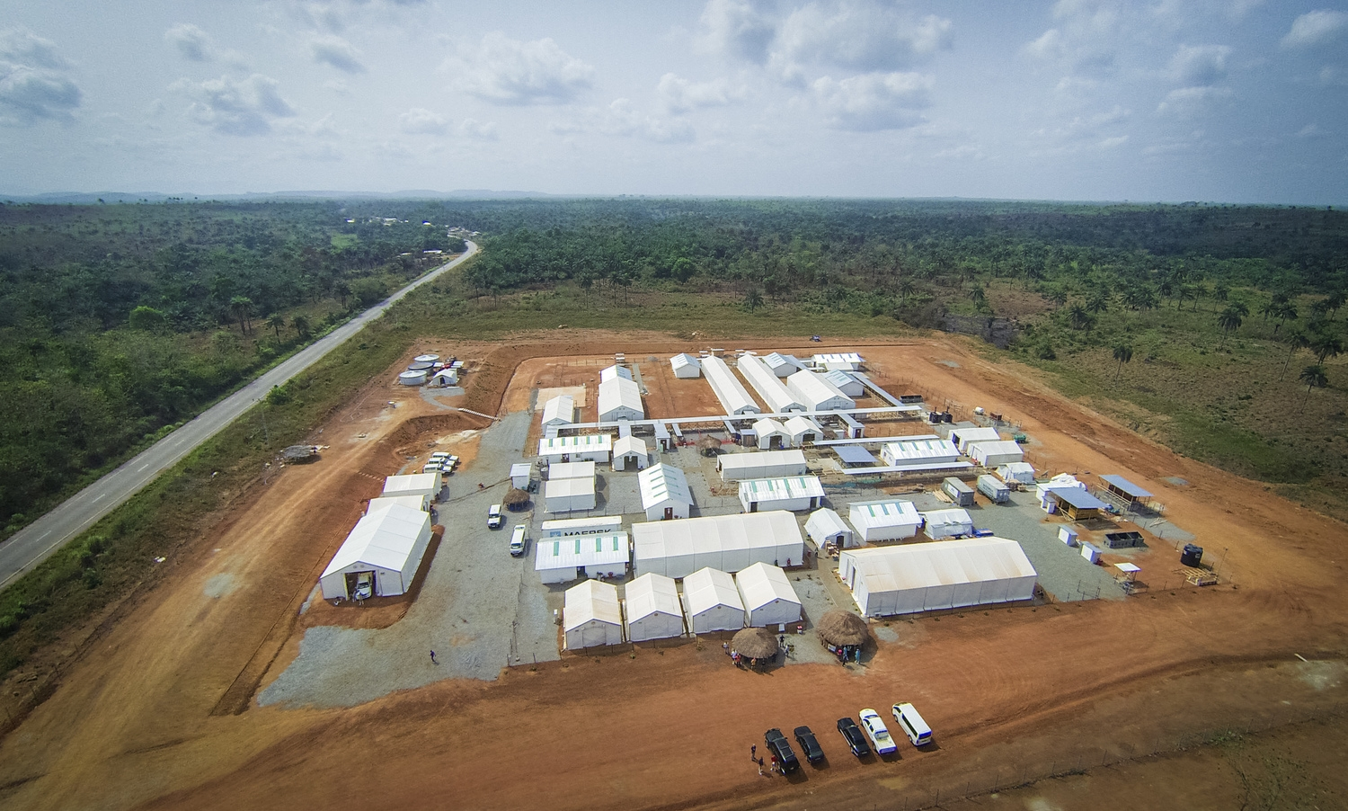 The International Medical Corps Ebola treatment centre in Mateneh, Sierra Leone. Photo by Michael Duff
