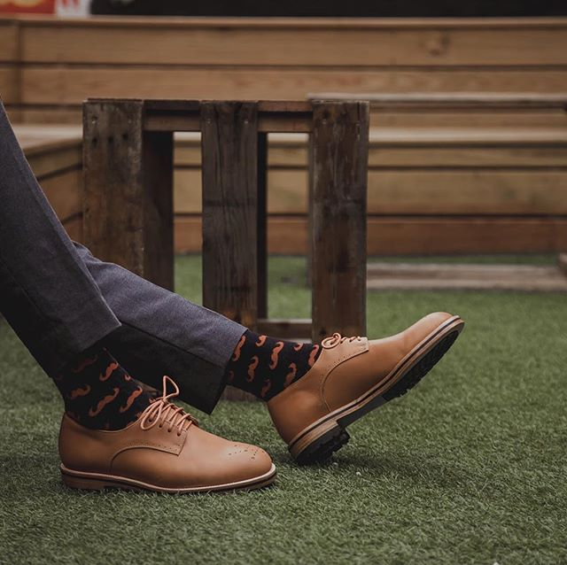 Matchy matchy. Who else is fan of this combo?  #kazuocraft #madeintaipei  #derbyshoes #customisableshoes #handcrafted #designyourownshoes #shoemaker #bespokeshoes #smartcasual #dandystyle #handcraftedshoes #shoesformen #dandy #fashionablemen #craftmanship #gentlemanshoes #dandyshoes #bespokemakers #customshoes #dapper #dapperfashion #madetoorder  #menwithstyles #casualmen #shoemaking #classicshoes #dappersocks #shoeproduction #madetobeworn #dressshoesformen