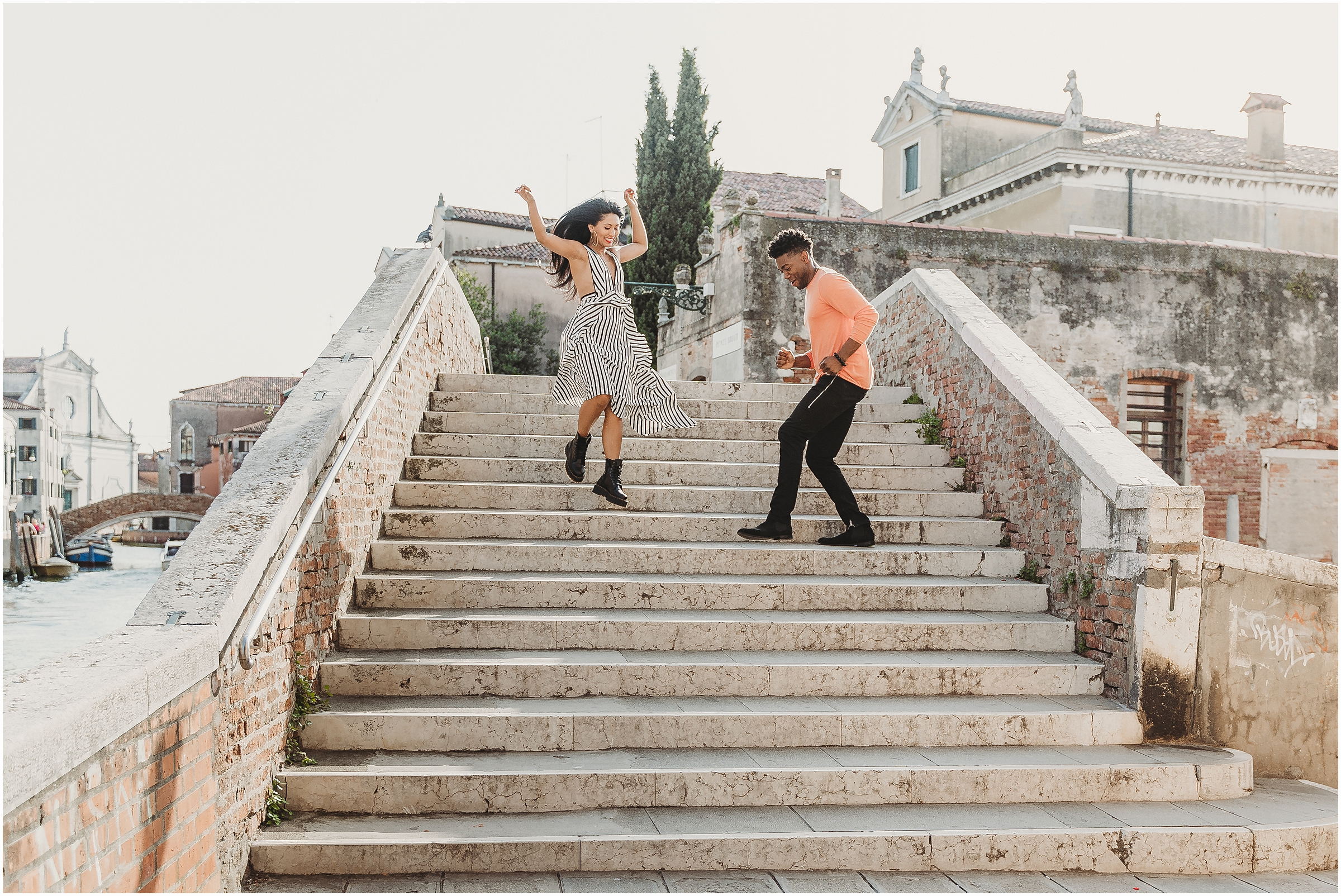 couple-shooting-venice-elopement-in-Venice-Venice-photographer_03.jpg