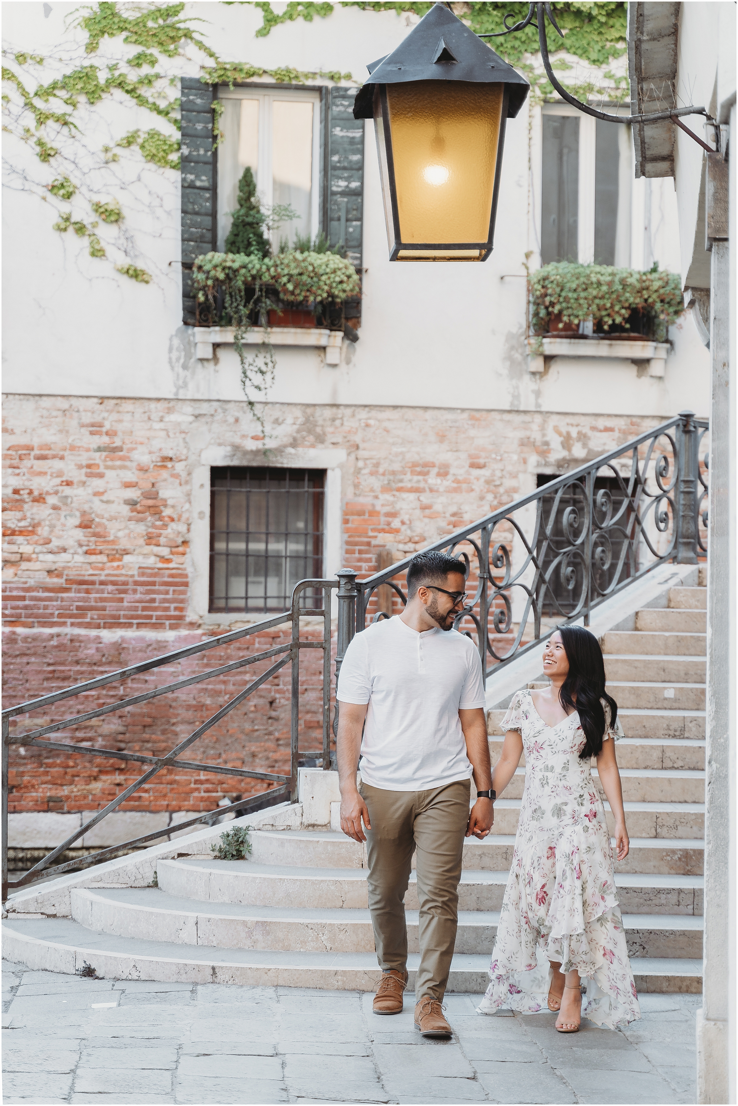 photographer-in-venice-elopement-shooting-Venice-couple_06.jpg