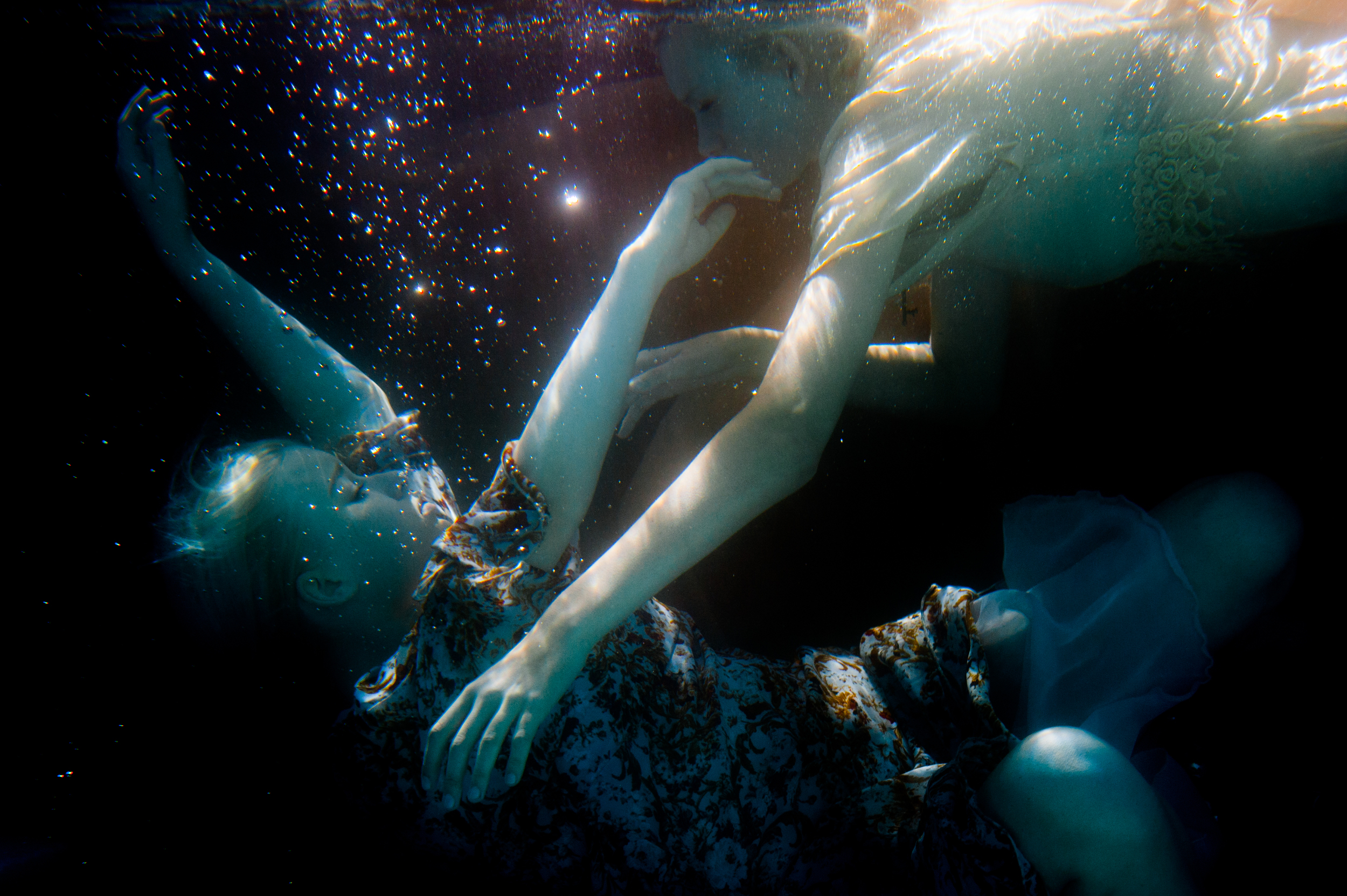 JTNoir_Photography_underwater_twins_6_2015-10.jpg