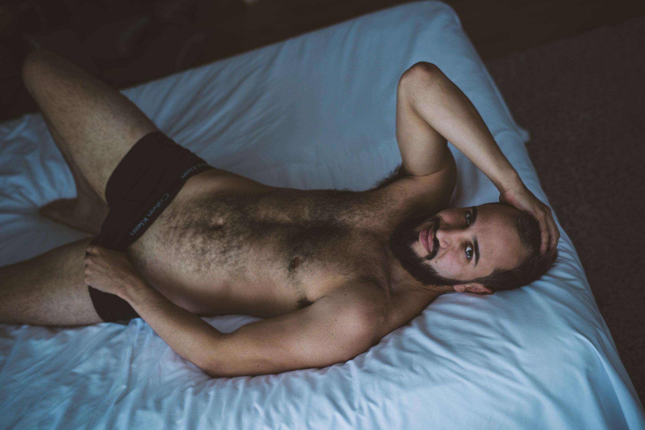 JTNoirStudios_Andres_Male_Boudoir_Portraits_Blackandwhite-6-2.jpg