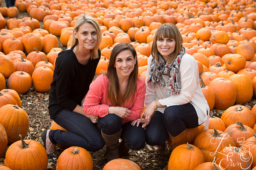 3 women and pumpkins