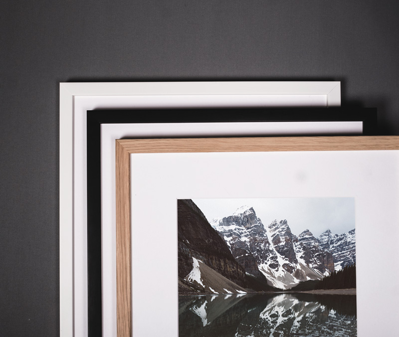 Swedish high quality wooden frames in white, black and oak. Choose your favourite or mix them all. Anything is possible.