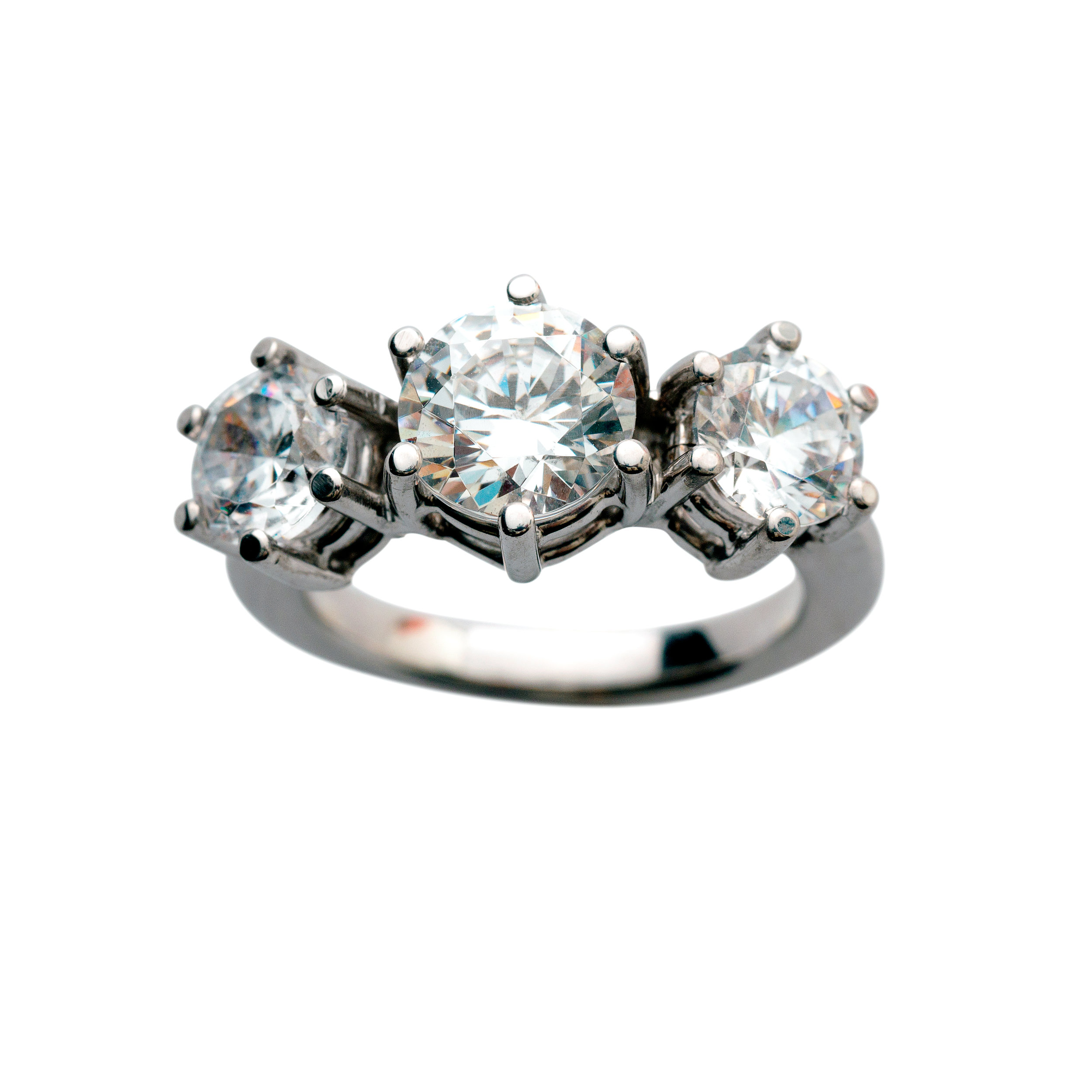 SPECIAL PIECE - PRICE UPON REQUEST. 18 kt gold and diamonds