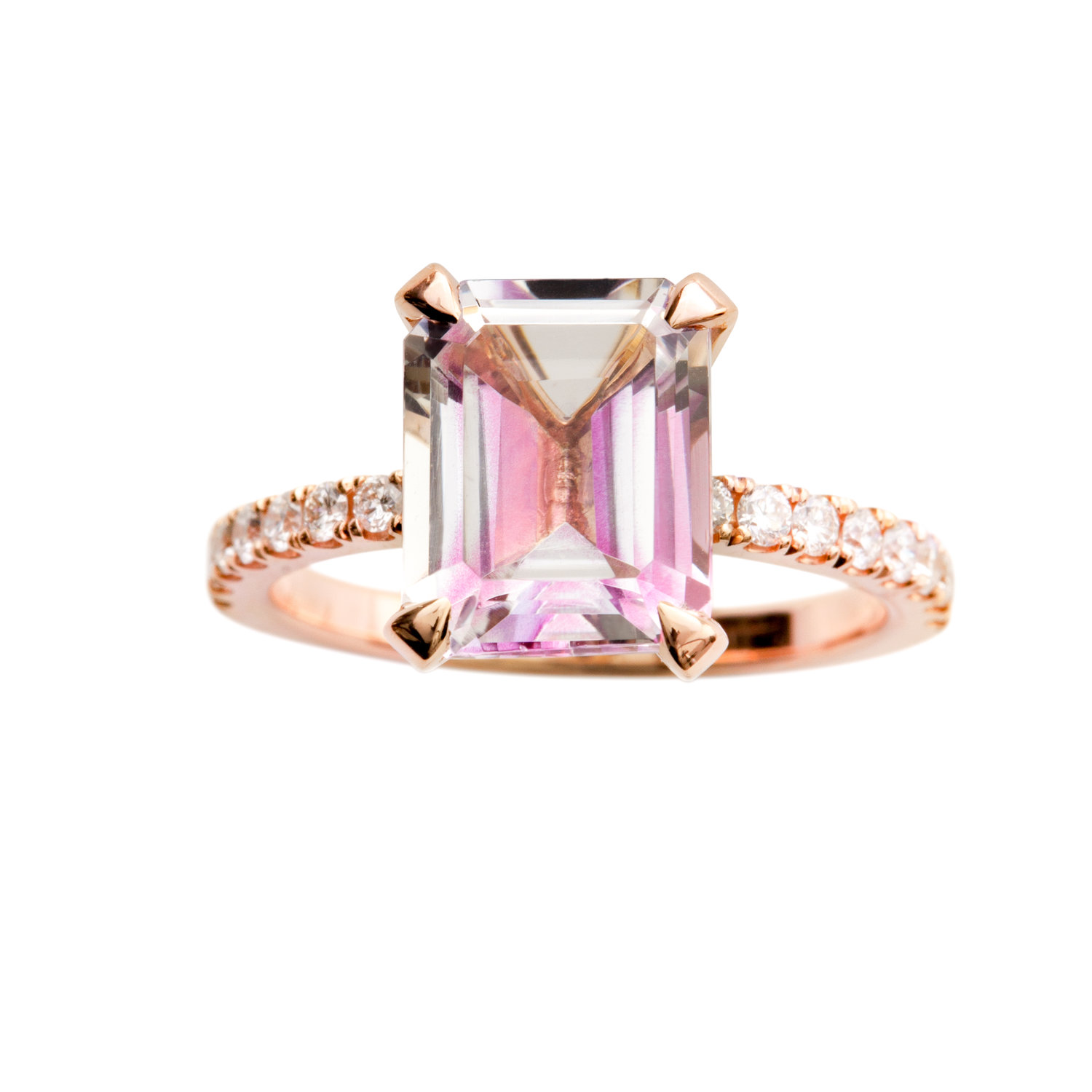 TOPAZ ENGAGEMENT RING - 25.000 NOK. 18 ct rose gold. 3,69 ct emerald cut light pink topaz. 0,25 ct diamonds.