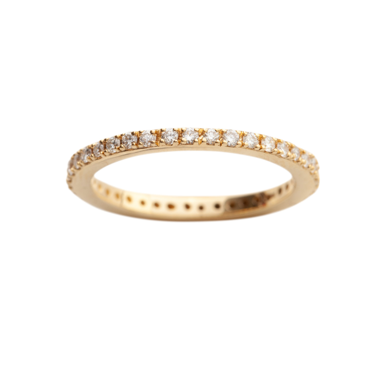 OLIVIA WEDDING RING - 22.000 NOK. 18 ct yellow gold. 0,39 ct diamonds.