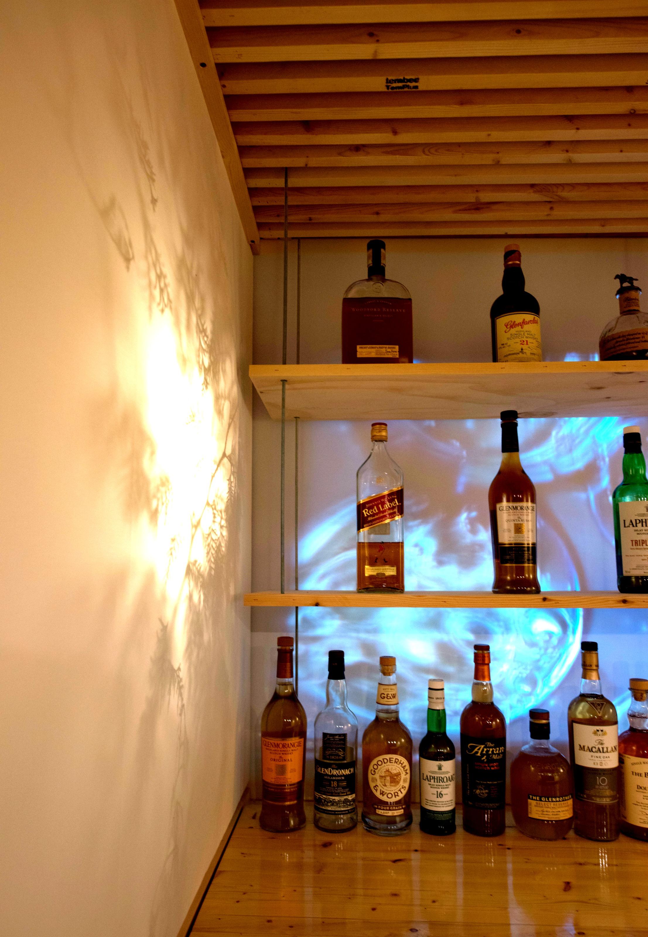Scotch BAR-54.jpg