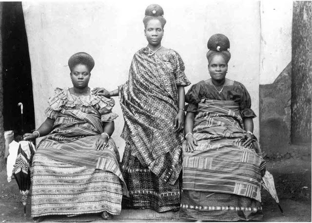 Three women from the Fante tribe, circa 1837.