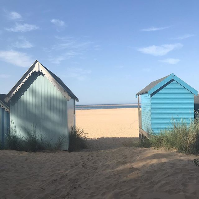 An early morning and a full day at Wells last weekend, soaking up every bit of sunshine and laughter. Quite easily my favourite day of the summer so far. And I wouldn't trade it in. Not even for the wonderful lay in I had this morning courtesy of the grandparents ❤️ . . . .