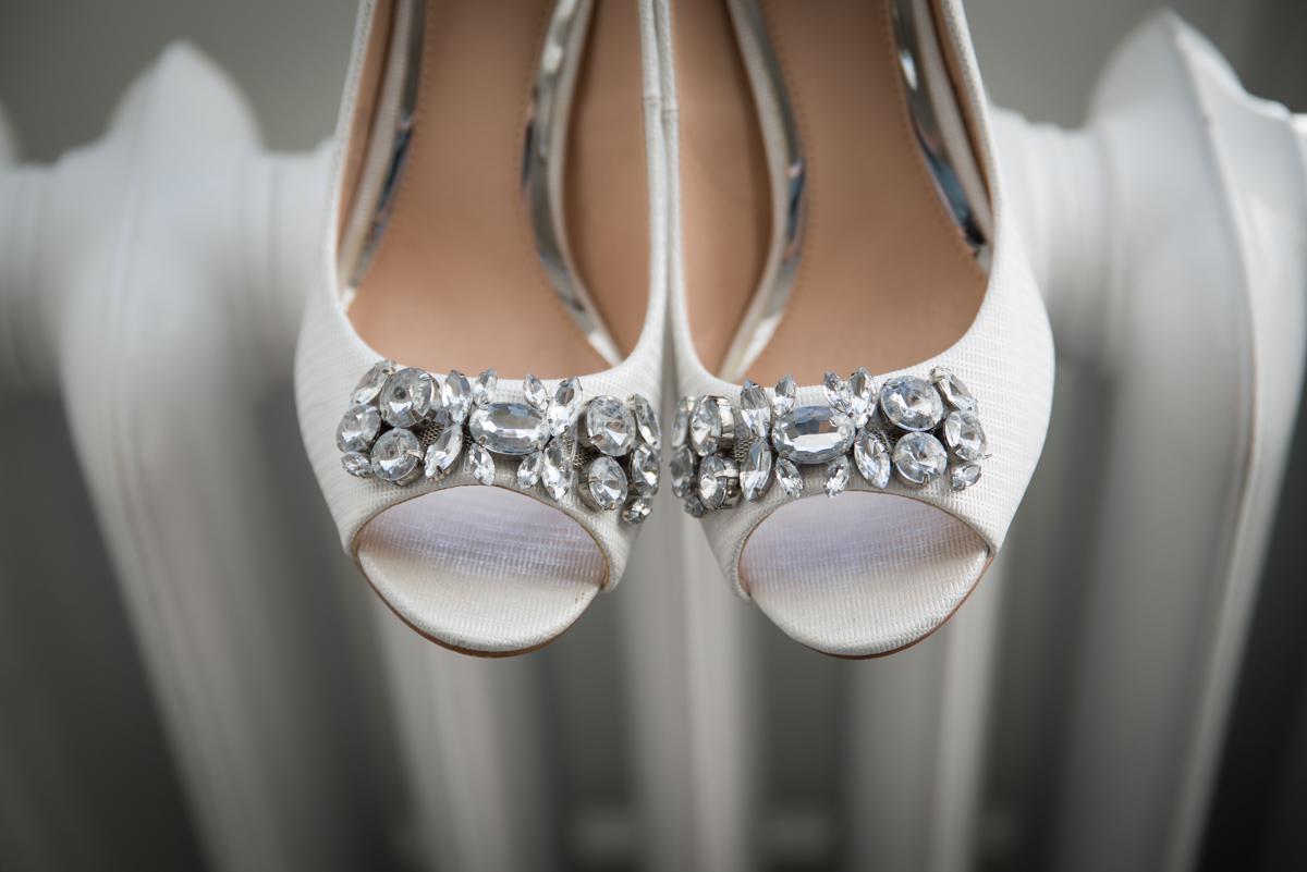 Yorkshire wedding photographer | Middleton Lodge