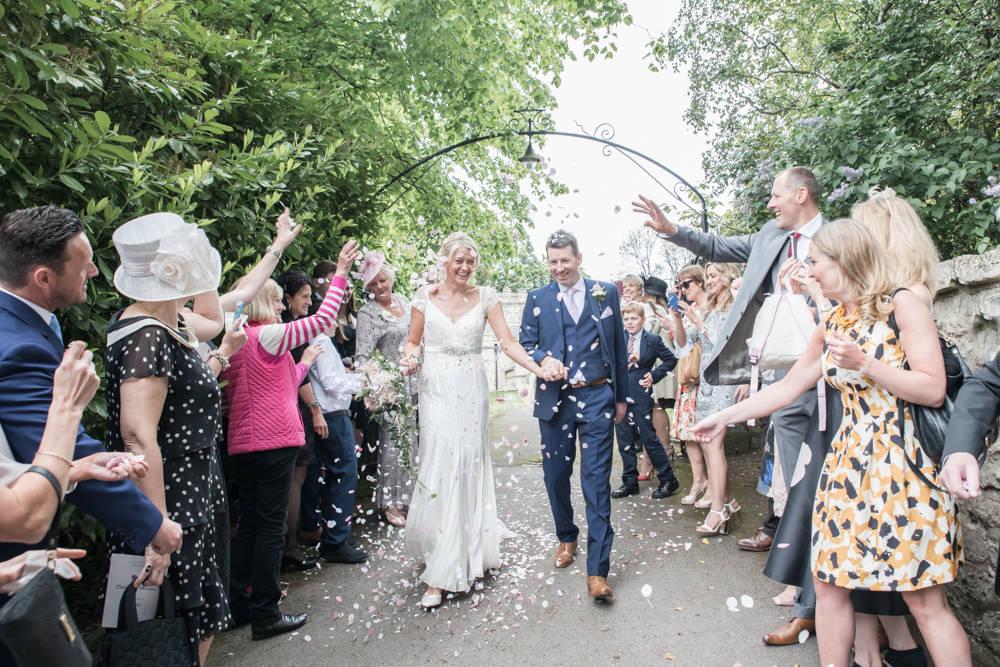 leeds wedding confetti photography