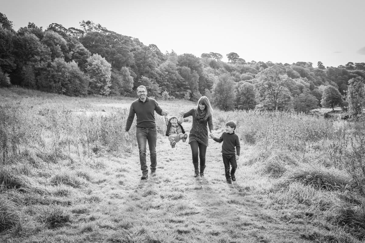 Yorkshire family photographer - natural family photography - Yorkshire wedding photographer (67 of 72).jpg