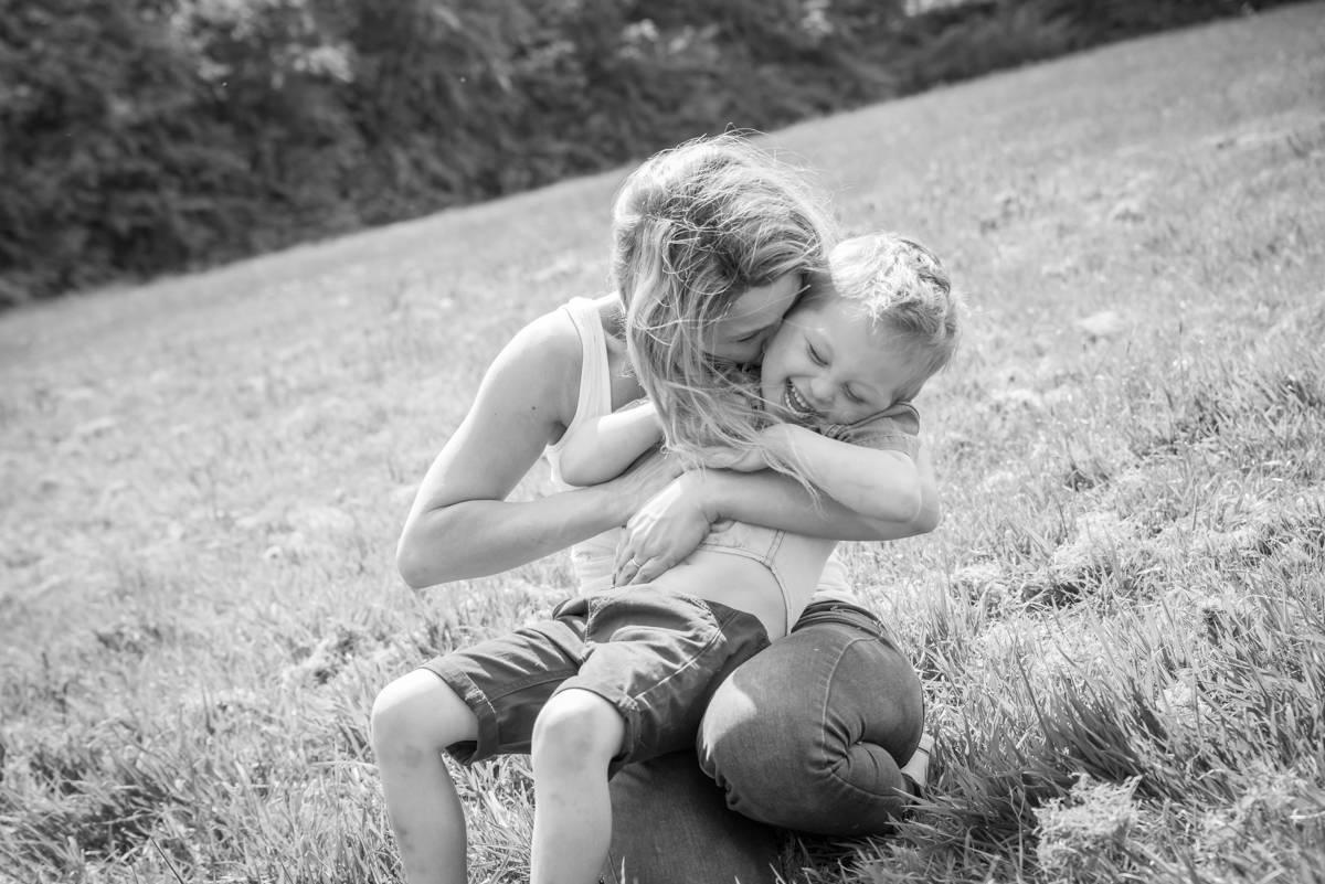 family photographer leeds - family photography - natural family photography in yorkshire leeds and harrogate (2 of 5).jpg