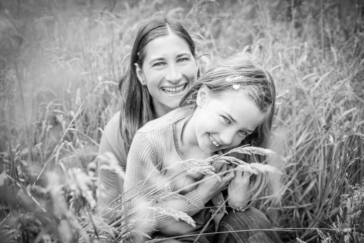 family photographer leeds - natural family photography in yorkshire leeds and harrogate (3 of 18).jpg
