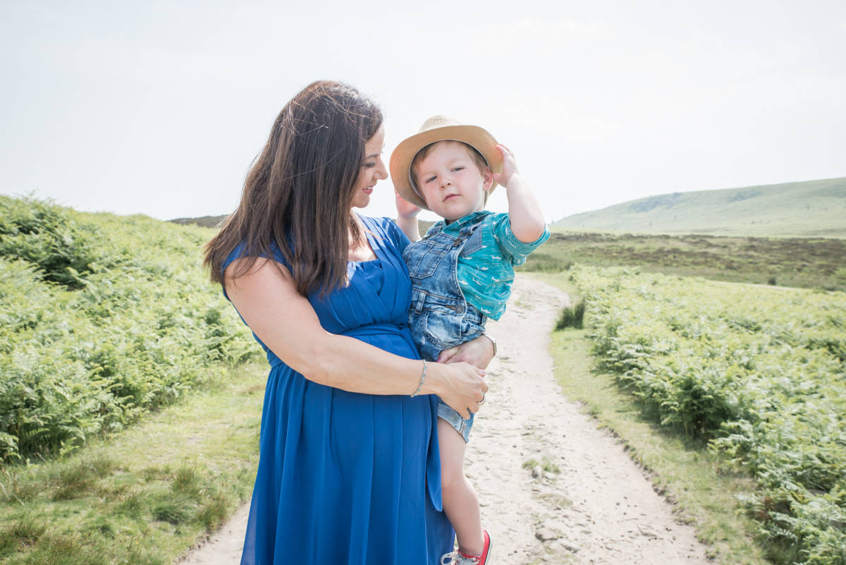 natural family photography in leeds - natural family photographer - yorkshire leeds harrogate  (131 of 207).jpg