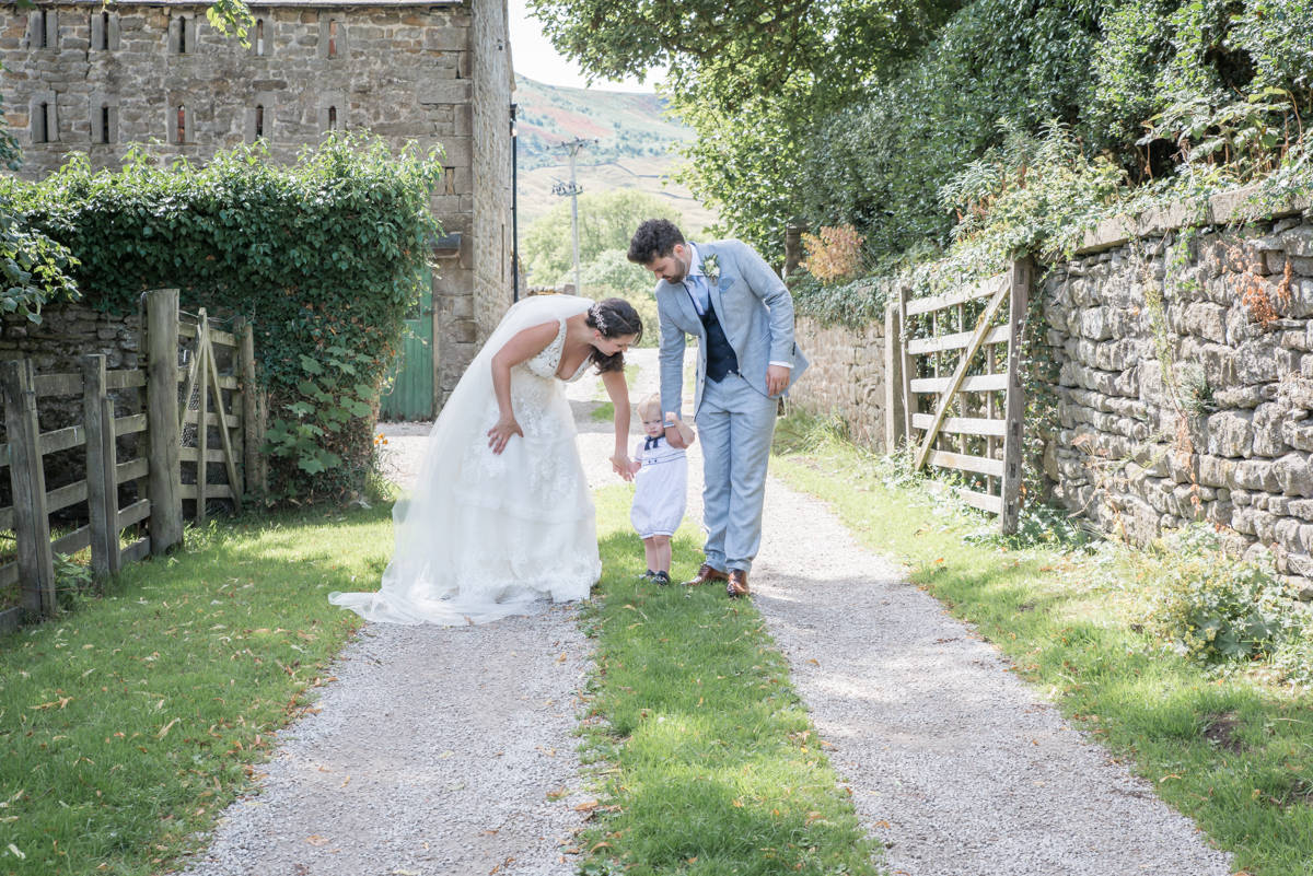 Yorkshire Wedding Photographer - Natural Wedding Photography - Burnsall Wedding Photographer (15 of 33).jpg