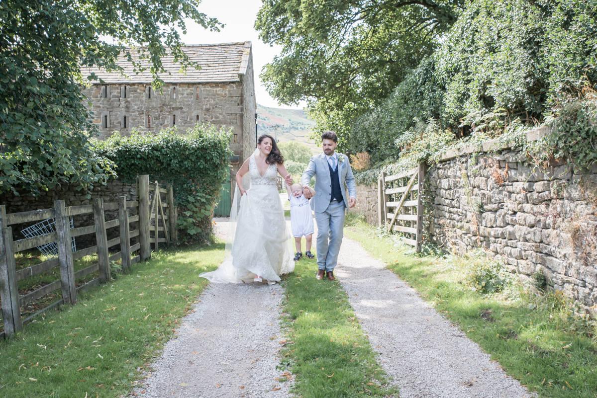 Yorkshire Wedding Photographer - Natural Wedding Photography - Burnsall Wedding Photographer (16 of 33).jpg