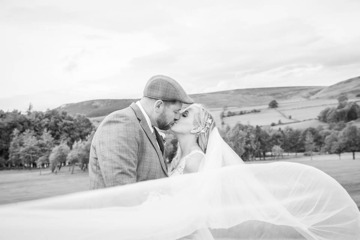 leeds wedding photographer - natural wedding photographer leeds (24 of 46).jpg