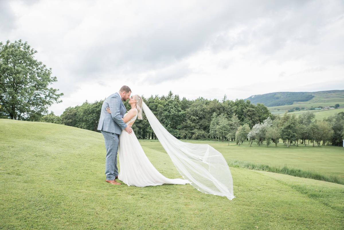 leeds wedding photographer - natural wedding photographer leeds (31 of 46).jpg
