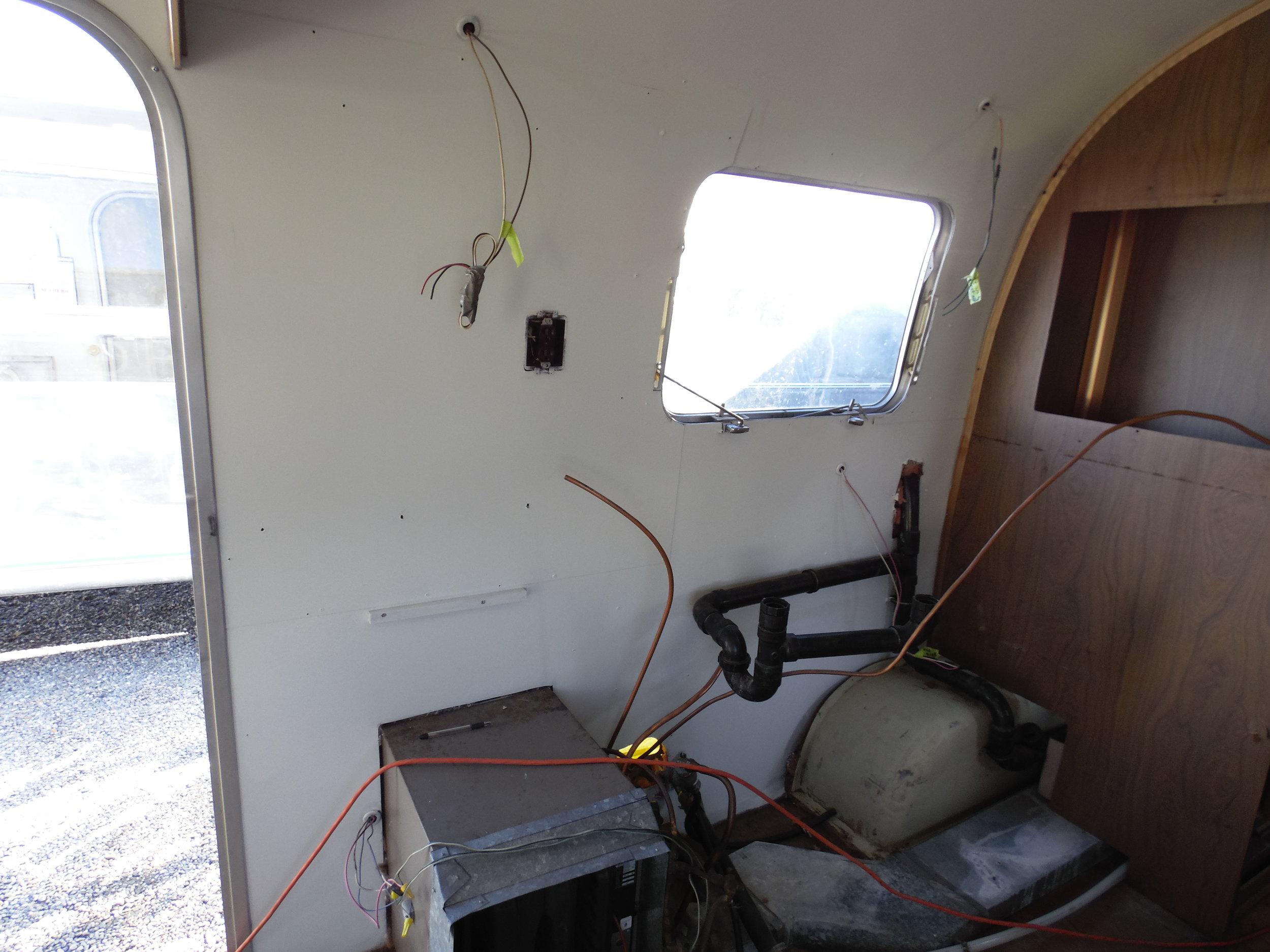 1977 Airstream Soveregin