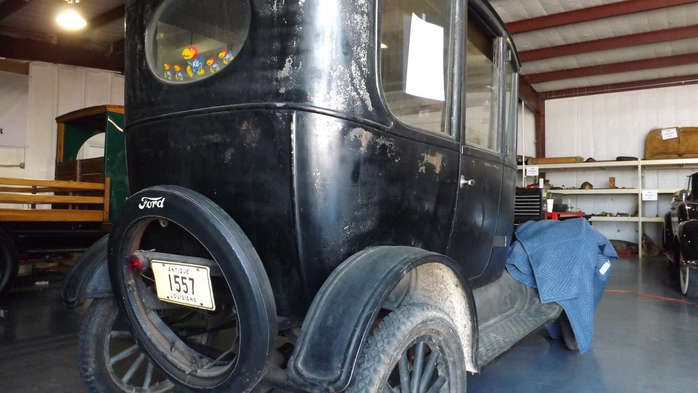 1923 Model T Center Door